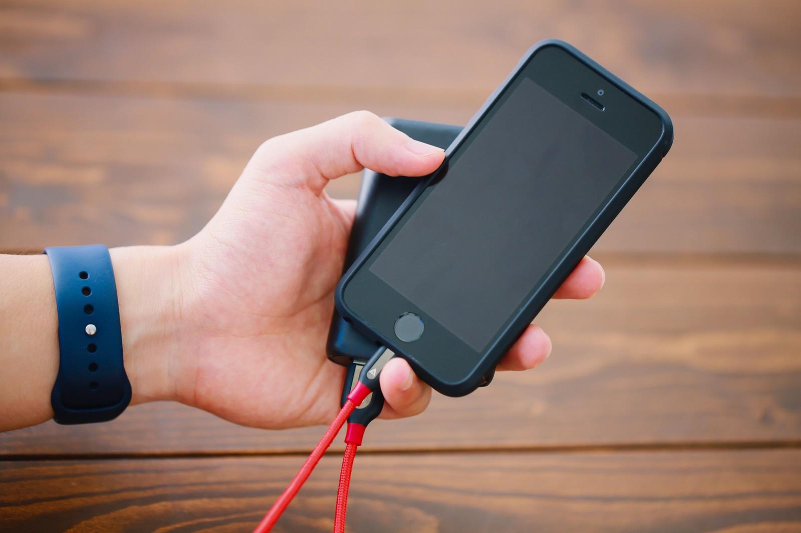 iPhoneが充電切れからすぐに起動しない、遅い!早くする方法はないの!?